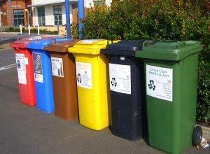 recycling-bins-373156_960_720